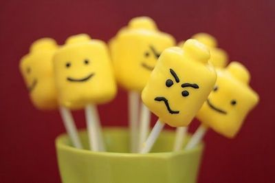 Lego head cake pops & lego themed birthday party