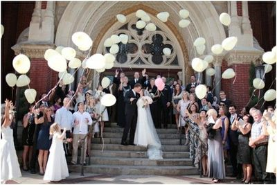 Wedding Balloon Release Lots Of Sendoff Ideas From Rose Petals To