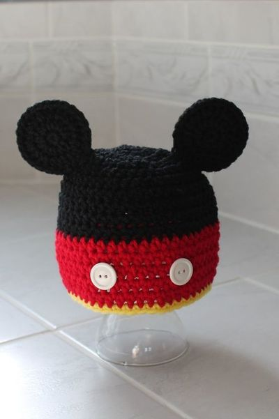 Mickey Mouse Knitted Hat Pattern : Mickey Mouse Hat / crochet ideas and tips - Juxtapost