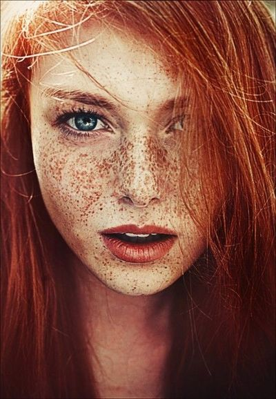 Love red hair and freckles!