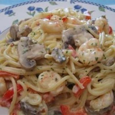 Peppered Shrimp Alfredo / recipes, entrees, food ideas - Juxtapost