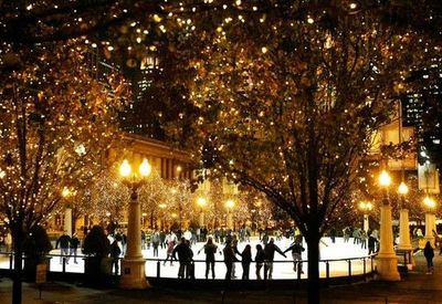 Ice skating under these twinkling lights in Chicago / christmas ...