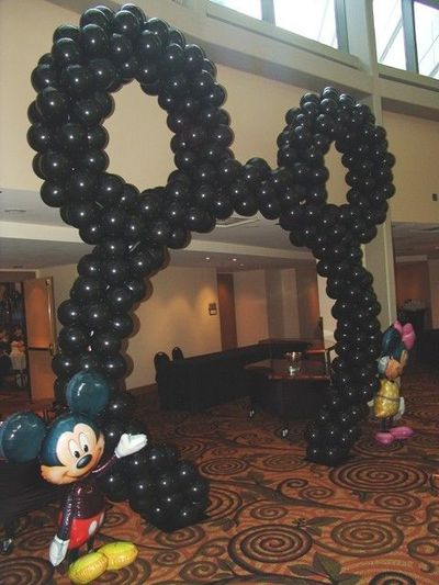 Diy mickey mouse ears balloon arch diy didsney mickey for Balloon arch frame kit party balloons decoration