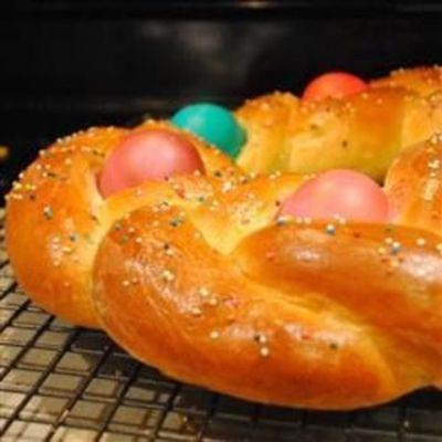 Braided Easter Egg Bread / recipes, entrees, food ideas - Juxtapost