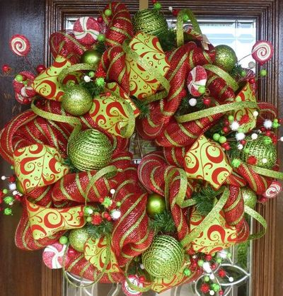 Deco mesh Christmas wreath / christmas xmas ideas - Juxtapost