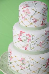 lovely #patterned #cake by C+M Contemporary Cake Designers