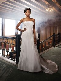 Strapless natural waist satin wedding dress=