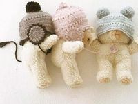 Cute Baby Bonnets free crochet pattern