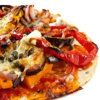 Mmm, gourmet pumpkin pizza. Veggie-packed and so filling!