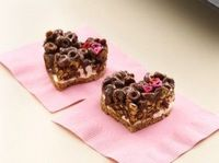 Chocolate cheerio marshmallow hearts