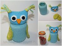 Crochet owl jar