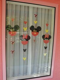 Mickey heads to hang in window at Disney hotel