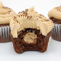 BUCKEYE CUPCAKES | CHOCOLATE PEANUT BUTTER FILLED AND FROSTED