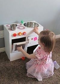 How to make a play kitchen from a diaper box!