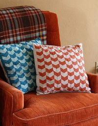 how to make chevron pillows