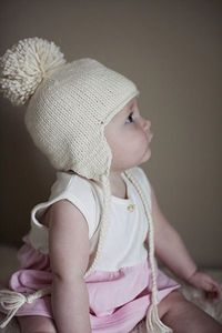 baby hat with ear flaps *Free Pattern