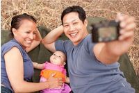 cute blog post of lots of family portraits!