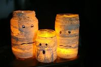 How-to: Mummified Glass Jar Candle Holder