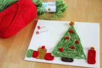 Using wool to make christmas pictures