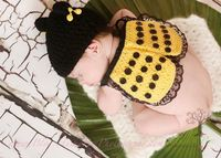 www.JustDandyCreations.Etsy.com Newborn Unisex Bumble Bee cape and hat by JustDandyCreations, $40.00