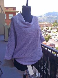 the Paris Sweater=if you can knit a rectangle, you can knit this. Free on Ralvery