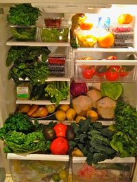 Raw Food Fridge... I'd kinda love this to be my fridge! This is what you called focused!