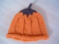 Cute Halloween pumpkin hat. #knitting