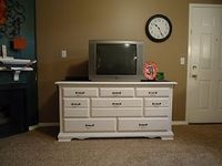 Cobblestones & Ivy: dresser turned tv console