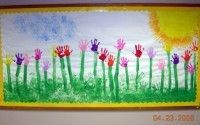 Handprint board. I have seen this in a class room it is sooo cute!