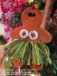 Hula Girl Ornament. We could do this with Tessa!